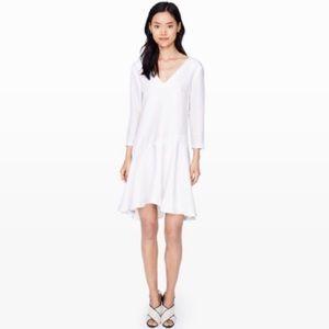 Club Monaco White Darti Dress Size 0